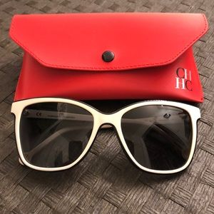 BNWT CAROLINA HERRERA SUNGLASSES